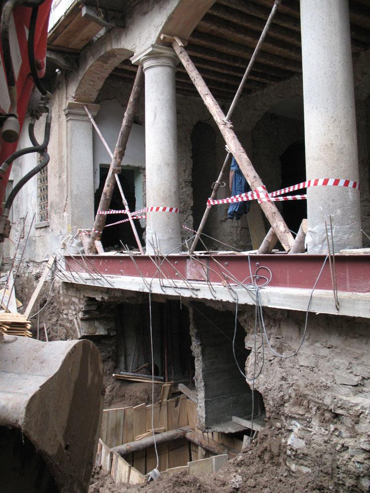 edilizia fontana sottomurazioni scavi armati specializzati sottomurazioni desio 01
