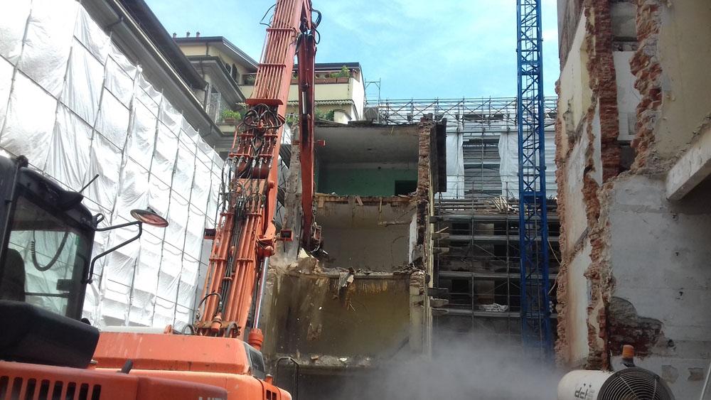 edilizia fontana sottomurazioni scavi armati specializzati sottomurazioni 11 demolizioni
