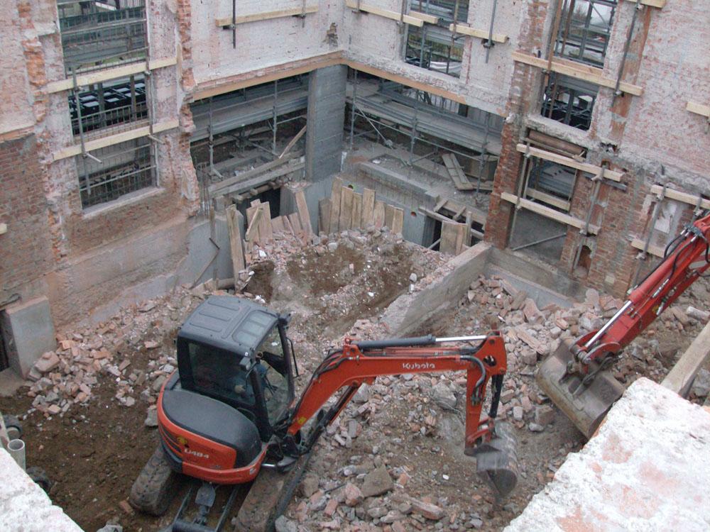 edilizia fontana sottomurazioni scavi armati specializzati sottomurazioni 07 demolizioni
