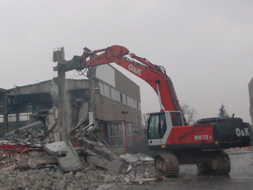 edilizia fontana sottomurazioni scavi armati specializzati sottomurazioni 06 demolizioni