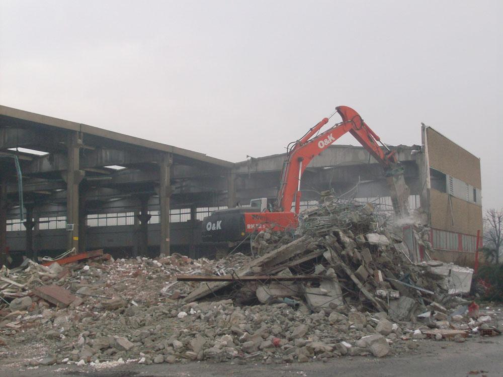 edilizia fontana sottomurazioni scavi armati specializzati sottomurazioni 05 demolizioni