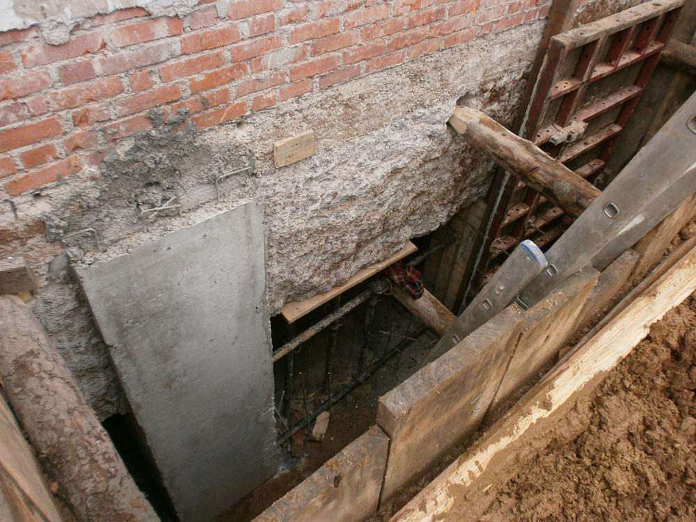 edilizia fontana sottomurazioni scavi armati specializzati sottomurazioni 15 opere strutturali scavi