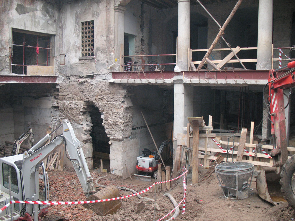 edilizia fontana sottomurazioni scavi armati specializzati sottomurazioni 32opere strutturali scavi